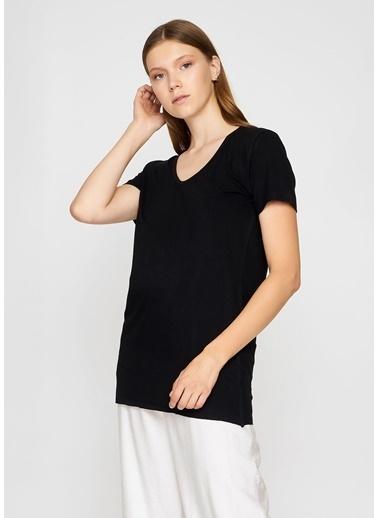 Tiffany&Tomato V Yaka Salas T-Shirt Siyah
